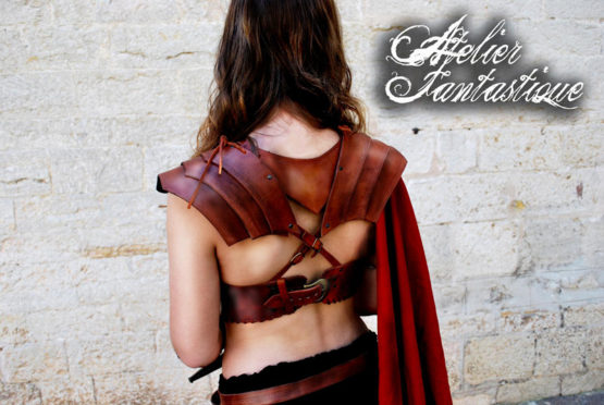 armure-cuir-femme