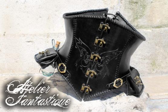 corset-cuir-noir