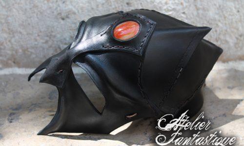 masque-en-cuir-pour-gn