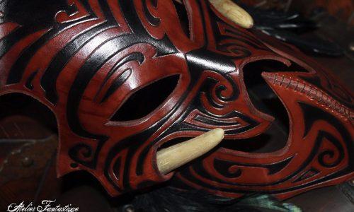 masque-en-cuir