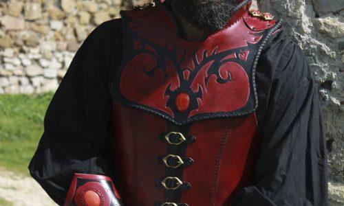 armure-cuir-rouge