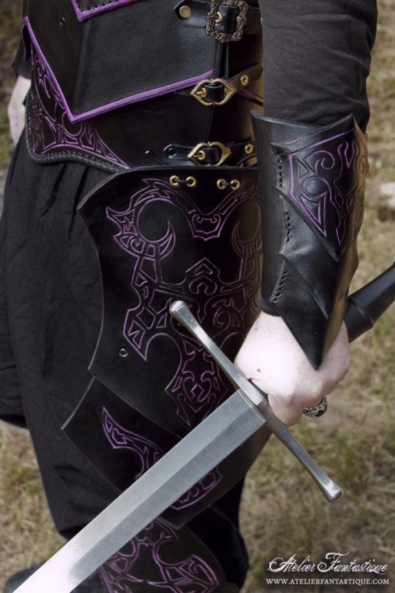 armure-cuir-noire