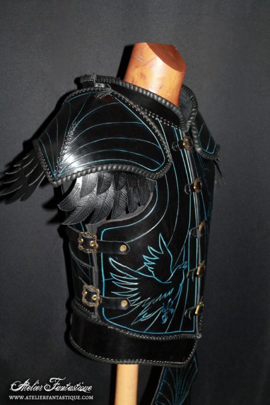 armure-cuir-plumes