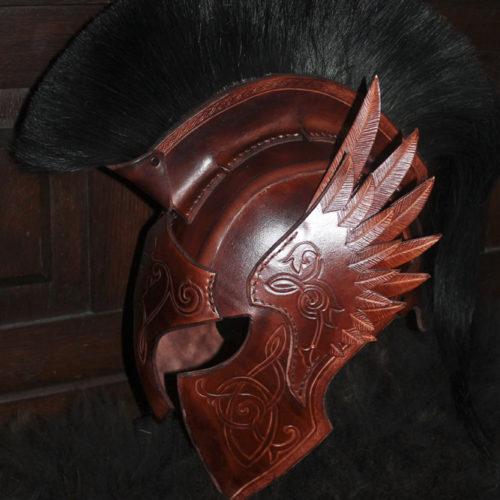 casque-fantastique-cuir