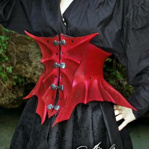 corset-cuir-dragon