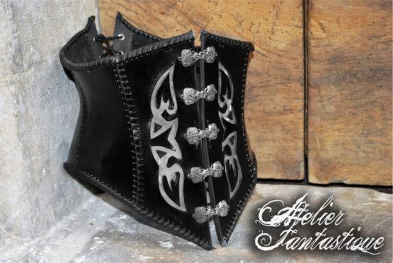 corset-cuir-gothique