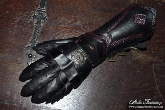 gantelet-en-cuir-noir